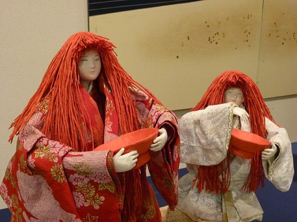 生徒作品展 「江湖の猩々 赤・江湖の猩々 白」
